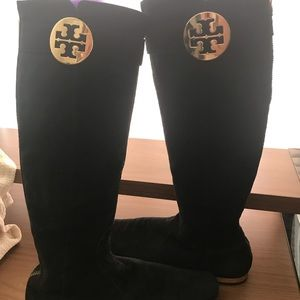 ☝️OWNER Tory Burch Sz8.5 black suede flat, boot
